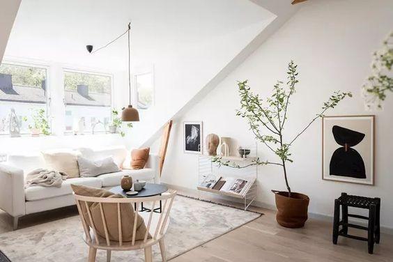 Lounge Attic
