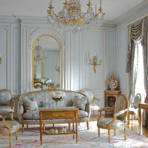 Baroque Σαλόνι 12 Τμ