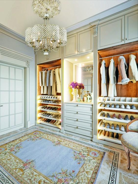 Baroque Cream Closet