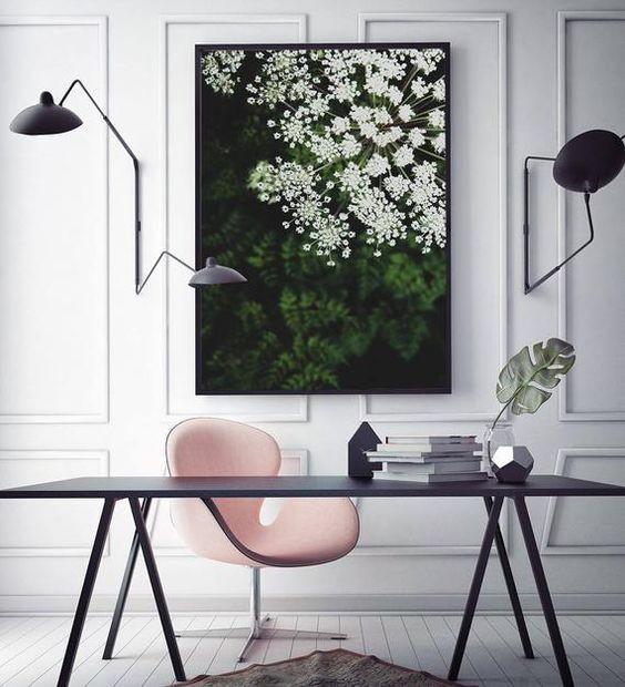 White-Pink Διευθυντικό Γραφείο